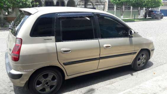 Vendo carro diesel 2006