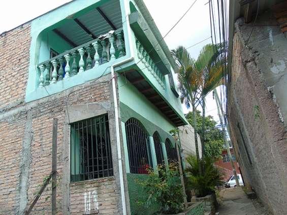 Imagínate viviendo en esta confortable casa en tegucigalpa